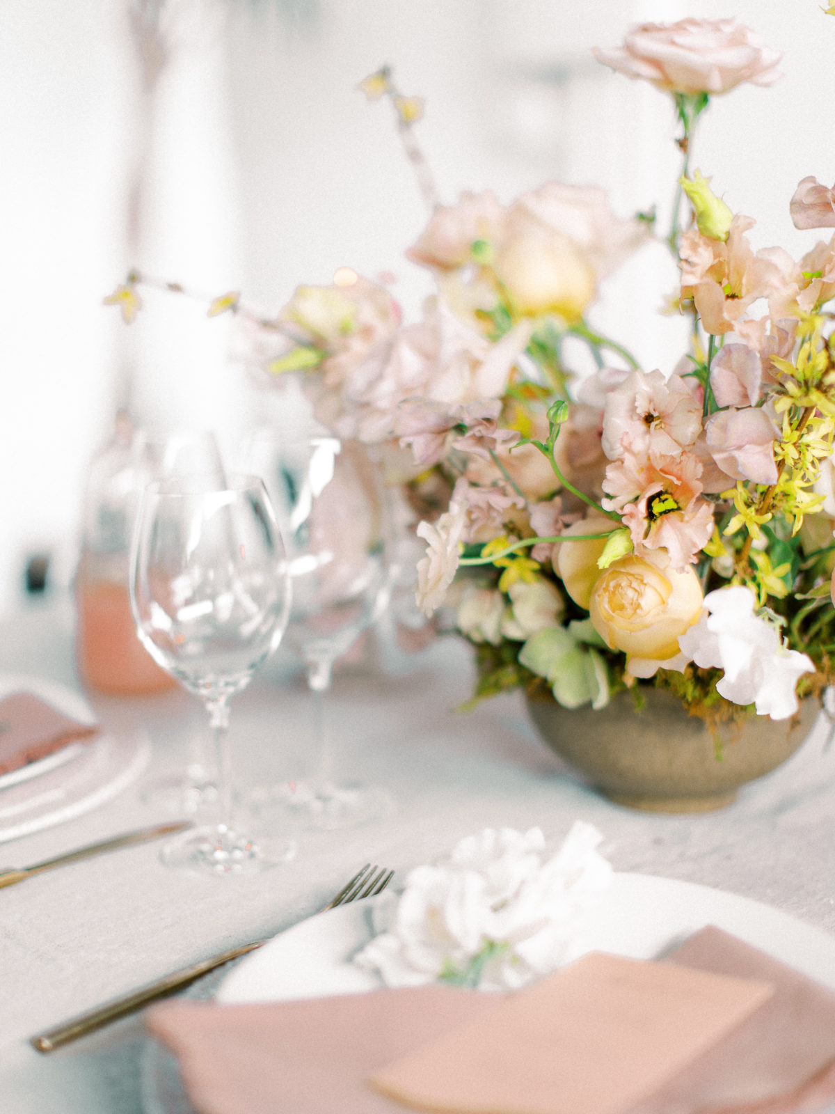 Mauve and peach wedding centerpieces: Whimsical Wedding Inspiration at The Place at Tyler from The Bridal Masterclass featured on Alexa Kay Events