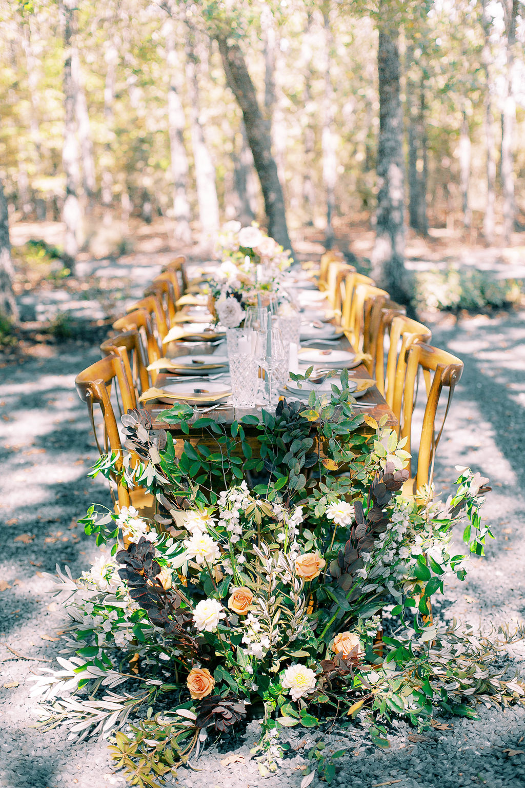 Outdoor table inspiration: Ethereal Wedding Inspiration at The White Sparrow
