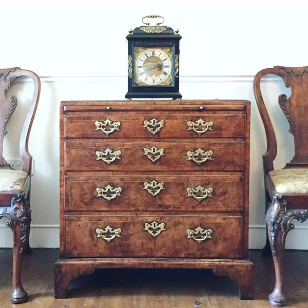 George I 'Caddy' Topped Figured Walnut Chest
