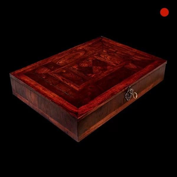 Charles II Kingwood Oyster Lace Box