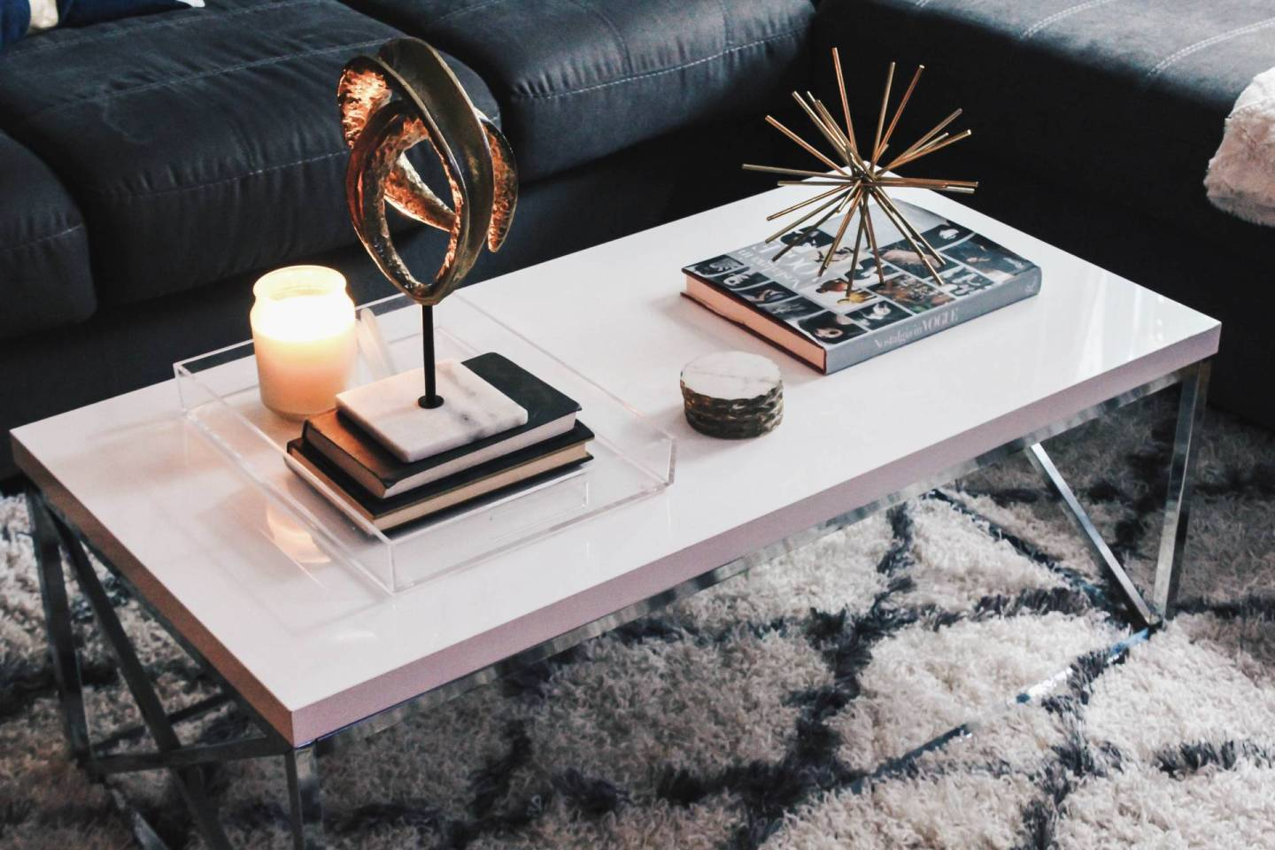 HOME DESIGN: HOW TO STYLE A COFFEE TABLE