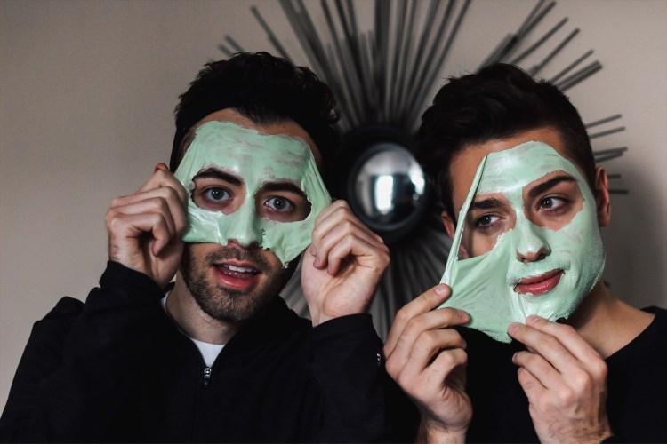 alex and mike boscia peel off mask