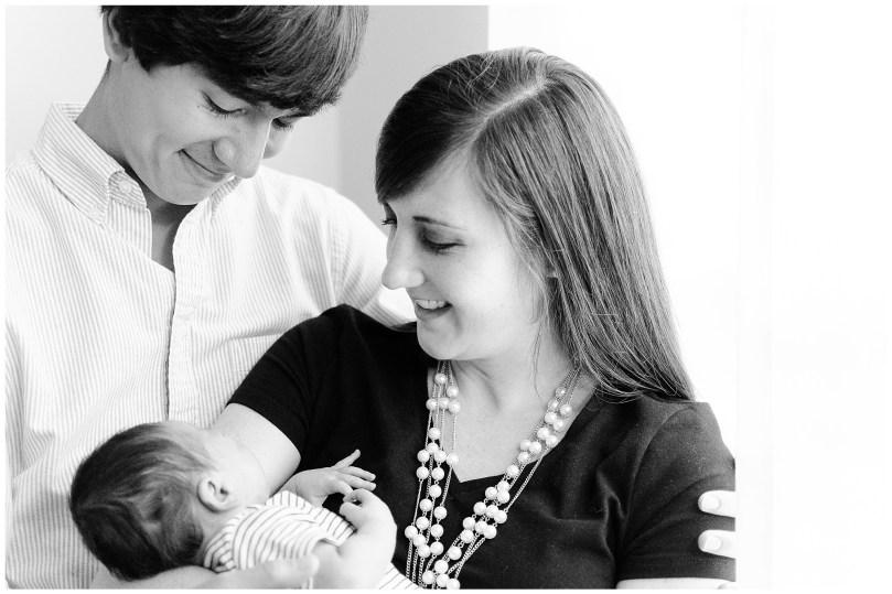 Alexandra-Michelle-Photography- Newborn - Ligh-49