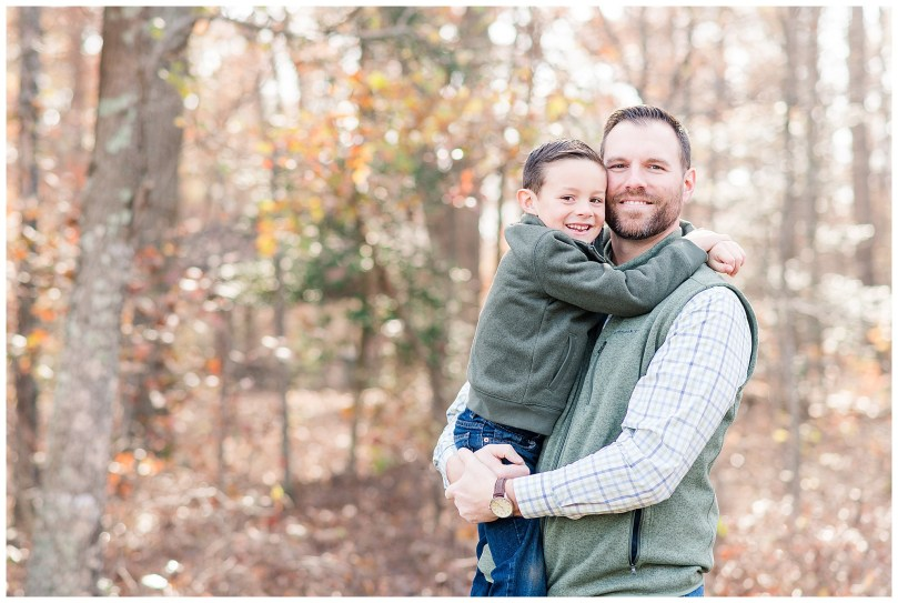 Alexandra Michelle Photography - Christmas Minis - 2018 - Family Portraits - Crump Park - Collier-37