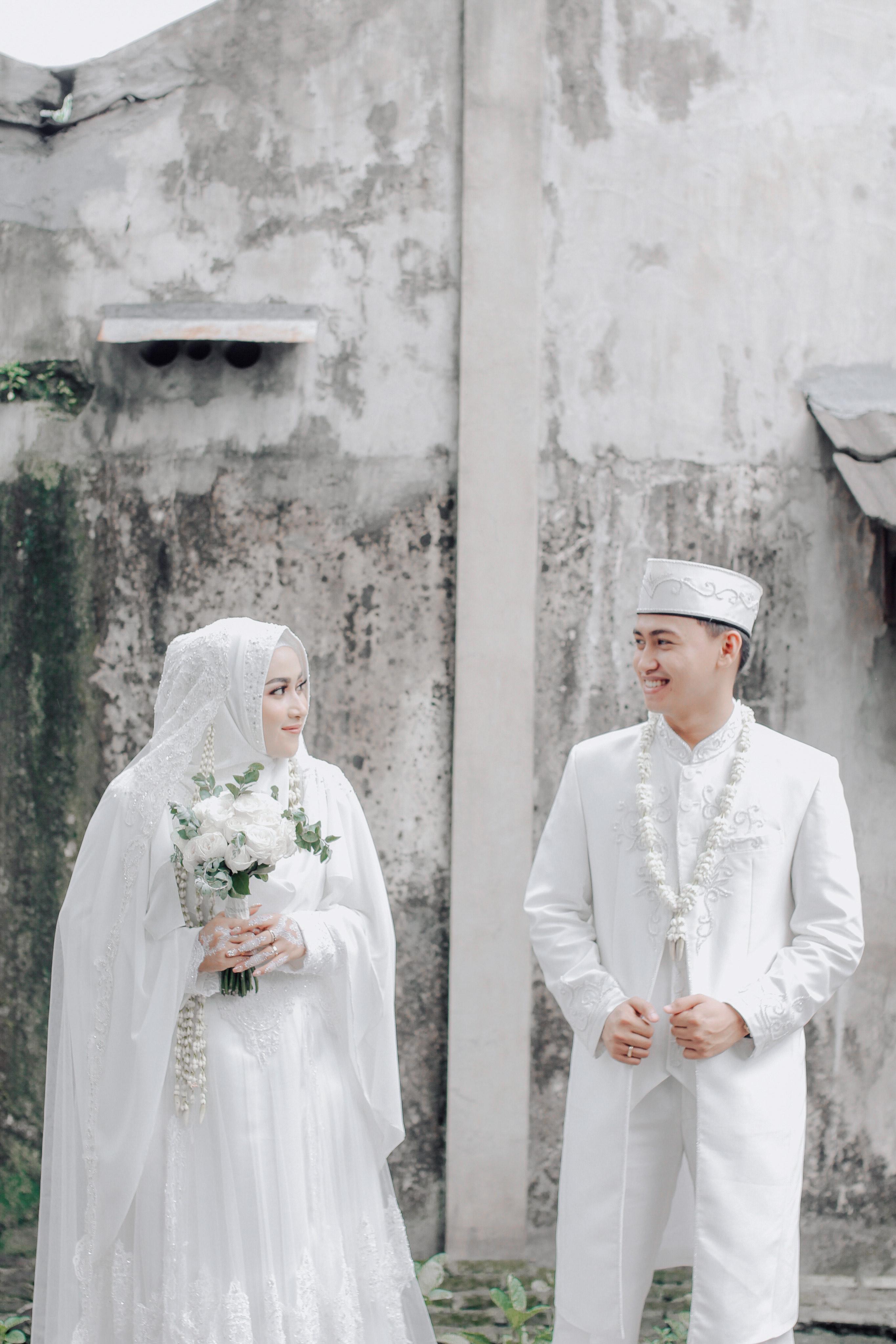 Baju Akad Nikah Pria : nikah, Bridesmaid, Dresses, Accessories, Wedding, Vendors, Alvor, Bridestory.com