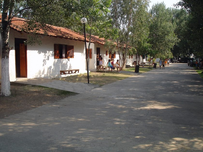 Παιδική Κατασκήνωση Αλεξάνδρα Alexandra Camp bungalows