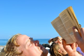 Sondre, reading