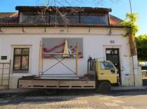 Transporte e montagem na Galeria Santa Clara, Coimbra, 2012