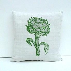 Motiv Artischocke: Dekorative markante Darstellung einer Artischockenpflanze. (Stich aus dem 19. Jahrhundert) Dreidimensionalität wird wie hier durch einen zweifarbigen Druck erzeugt.