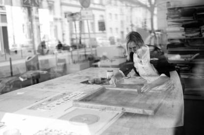 In der Siebdruck-Werkstatt von Alexandra Lenz
