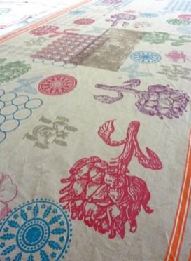 Tischdecke Allover, verschiedene Motive,100% Leinen, im Siebdruck von Hand gedruckt