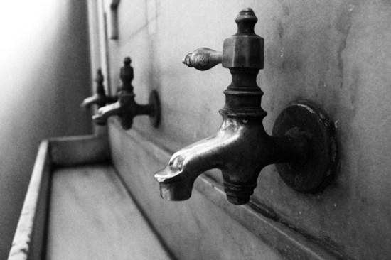 Istanbul - Church's sinks