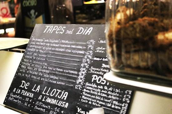 Barcelona - Tapas 24 menu backboard