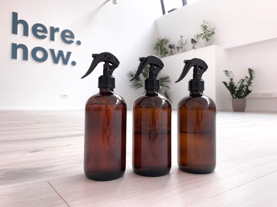 How to Make Your Own DIY Yoga Mat Cleaner Spray