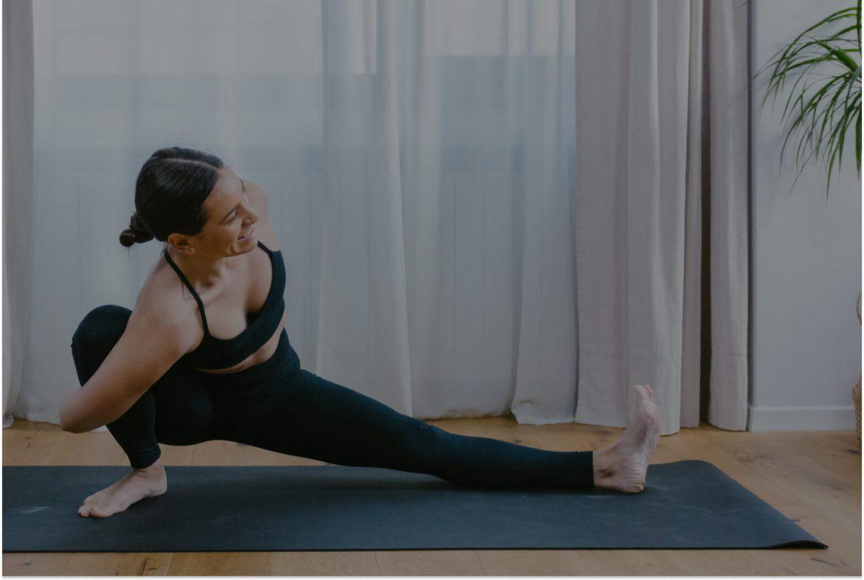 20-min vinyasa yoga flow