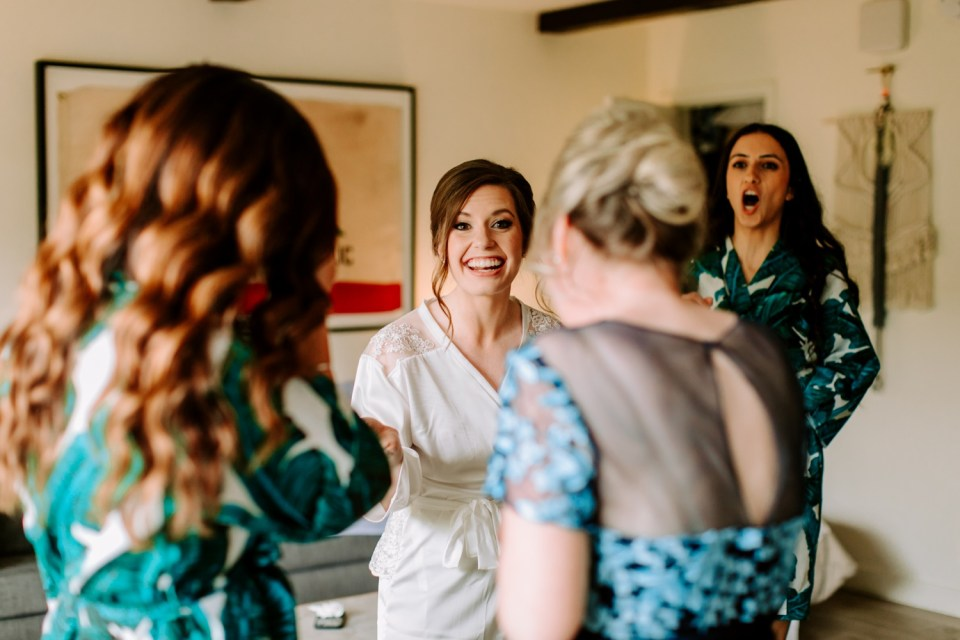 wedding party getting ready at Goodland Kimpton