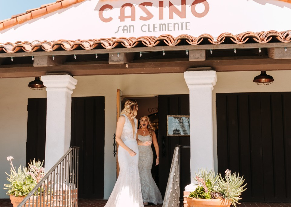 First look in front of Casino San Clemente