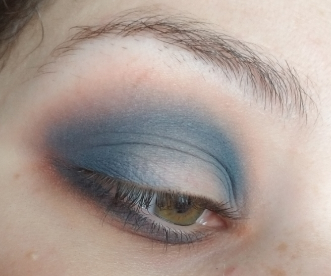 Icy Blue Pictorial
