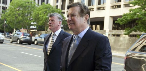 CM manafort w lawyer