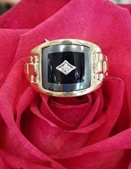 9ct Gold Onyx Hematite and Diamond Gents Ring