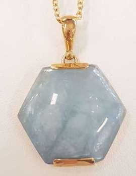9ct Yellow Gold Hexagonal Cabochon Cut Aquamarine Pendant on 9ct Gold Chain