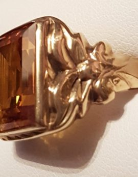 9ct Gold Rectangular Yellow Stone Ornate Gents Ring