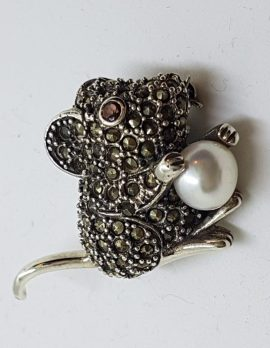 Sterling Silver Marcasite Mouse with Pearl Brooch