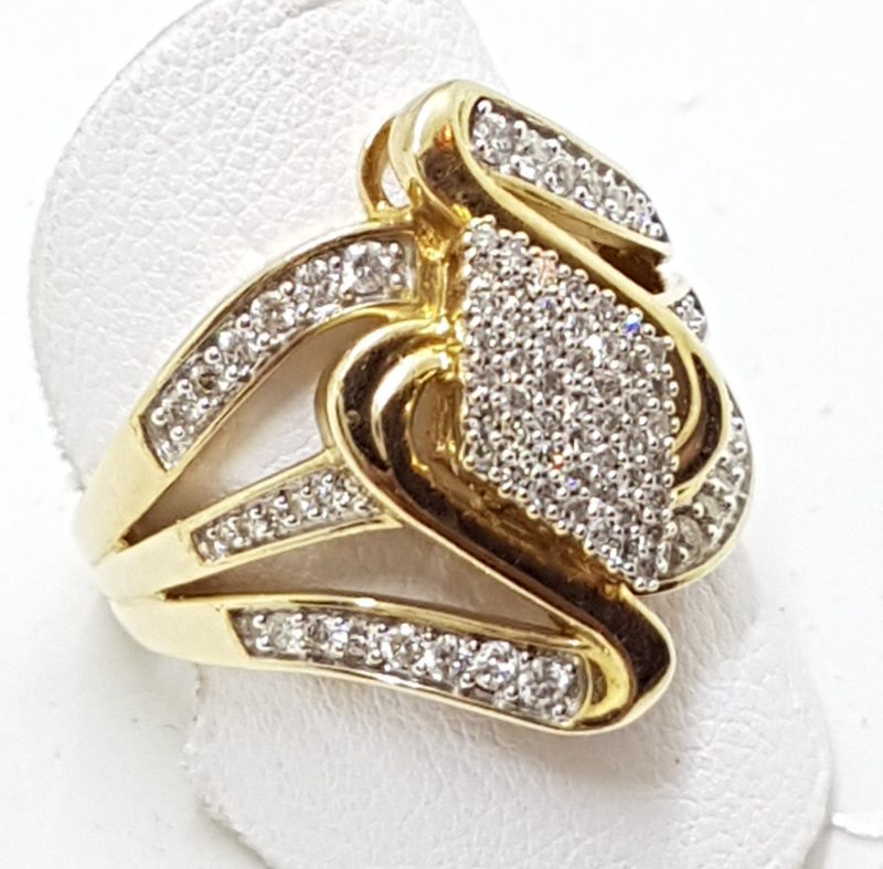 9ct Yellow Gold Diamond Wide Wave Cluster Ring