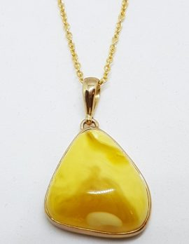 9ct Yellow Gold Natural Butter Amber Pendant on 9ct Chain