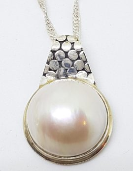 Sterling Silver Mabe Pearl Pebble Design Pendant on Chain