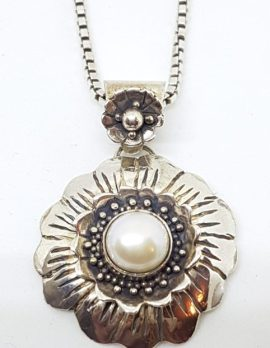 Sterling Silver Pearl Flower Pendant on Chain