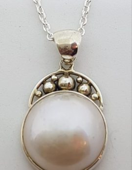 Sterling Silver Mabe Pearl Ornate Top Pendant on Chain