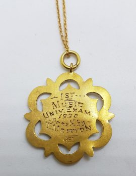 9ct Yellow Gold Ornate 1st Music Exam 1930 Medallion Pendant on Gold Chain