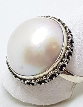 Sterling Silver Mabe Pearl Ornate Rim Ring