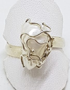 Sterling Silver Pearl in Cage Ring