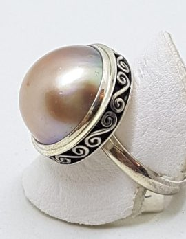 Sterling Silver Pink/Brown Mabe Pearl Ornate Rim Ring