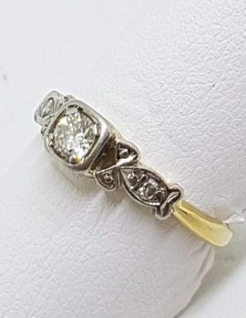 18ct Yellow Gold & Platinum Solitaire Diamond Ornate Square Ring