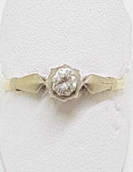18ct Yellow Gold Round Diamond Solitaire Ring