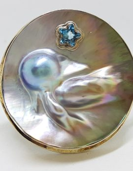 Sterling Silver Large Round Mother of Pearl with Star Shaped Topaz Bangle