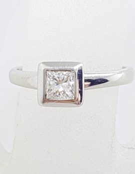 18ct White Gold Princess Cut Solitaire Diamond Square Engagement Ring