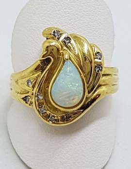 18ct Yellow Gold Teardrop / Pear Shape Opal with Diamonds Unique Design Ring