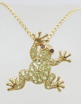 9ct Yellow Gold Peridot and Rhodolite Garnet Frog Pendant on 9ct Chain