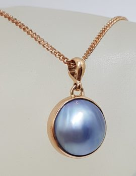 9ct Rose Gold Round Blue / Black Mabe Pearl Pendant on 9ct Chain