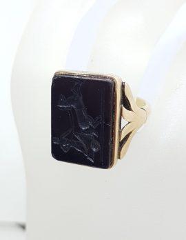 18ct Rose Gold Large Black Onyx Carved Rectangular Ring - Chariot Scene - Antique / Vintage