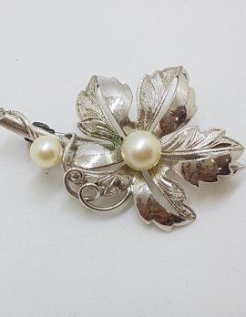 Sterling Silver Pearl Leaf / Floral Design Brooch - Vintage