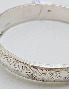 Sterling Silver Ornate Etched / Engraved Design on Hinged Bangle - Antique / Vintage
