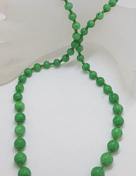 9ct Yellow Gold Clasp on Natural Jade Knotted Bead Necklace / Chain