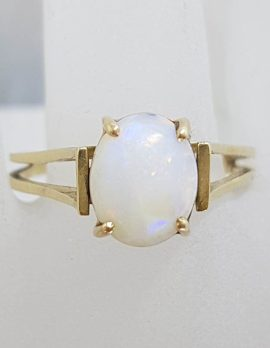 9ct Yellow Gold Oval Solid Opal in Open Band Style Setting - Antique / Vintage