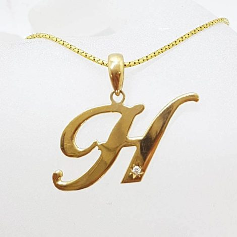 9ct Yellow Gold Large Initial / Letter H Diamond Pendant on Gold Chain