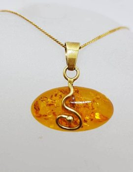 9ct Yellow Gold Oval Swirl Natural Baltic Amber Pendant on Gold Chain